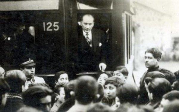 19 Mayıs ı Atatürk ün yanındaki isimden dinleyin #2