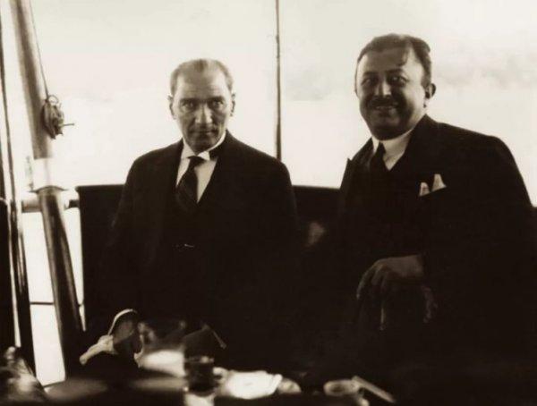 19 Mayıs ı Atatürk ün yanındaki isimden dinleyin #3