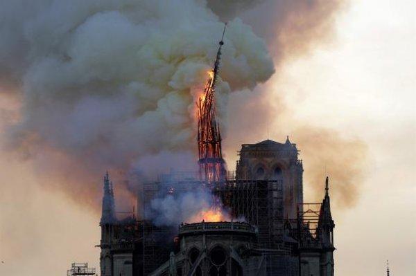 Bir tarih kül oldu: Notre Dame #6
