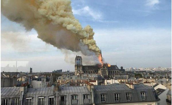 Bir tarih kül oldu: Notre Dame #10