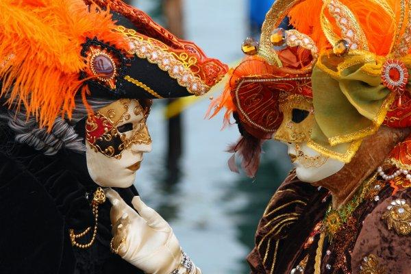 Festivalden fazlası: Venedik maskelerinin ilginç tarihi #2